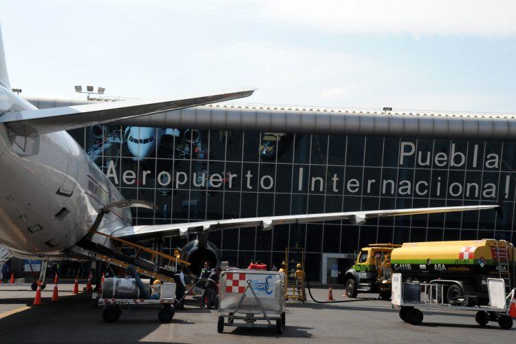 Aeropuerto de Puebla carga aviones