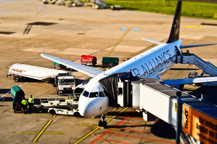 avión Star Alliance aeropuerto