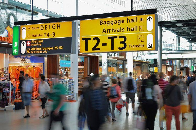 terminal aeropuerto carteles de señalización