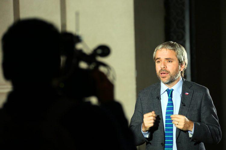 Gonzalo Blumel ministro del Interior Chile