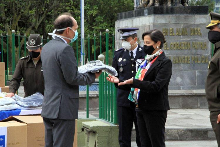 Francia Ecuador entrega equipos de bioseguridad