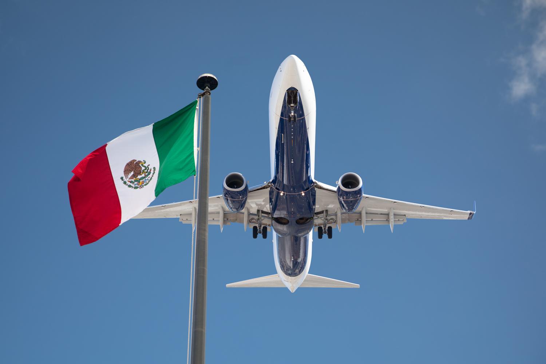 seguridad aeroportuaria México avión