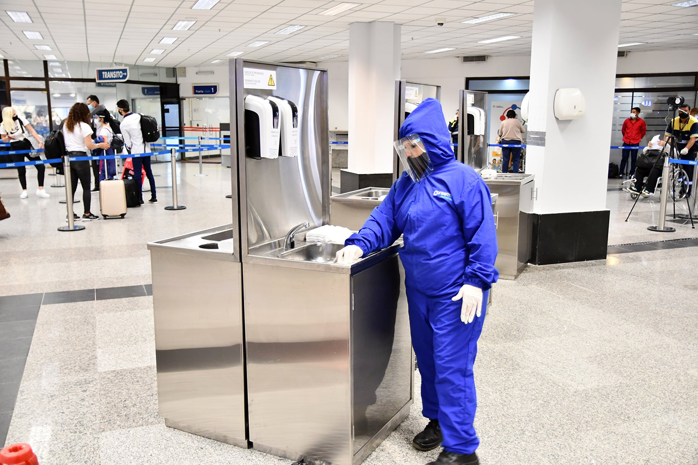 Infraestructuras críticas y seguridad aeroportuaria. Limpieza de un aeropuerto de Paraguay