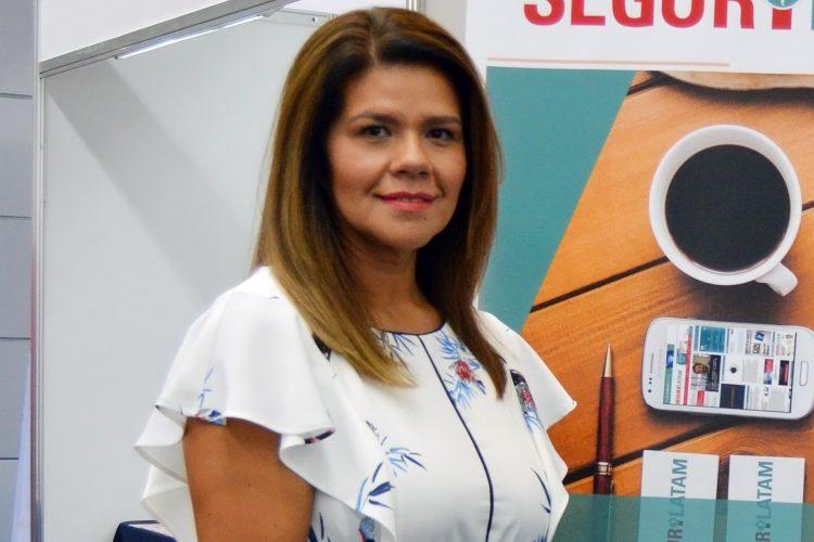 Brisa Espinosa directora de Multiproseg
