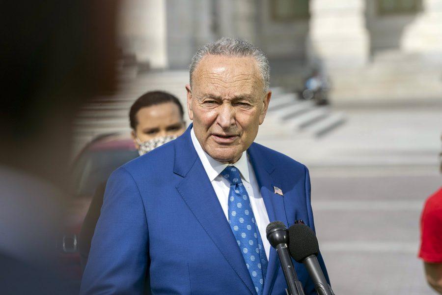 el senador estadounidense Chuck Sumer