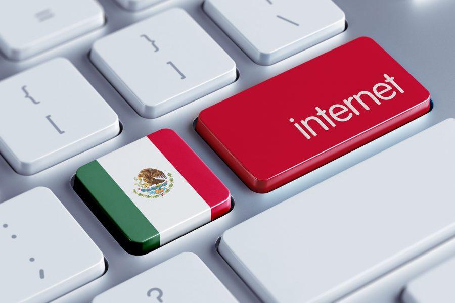 teclado de ordenador con la bandera de México