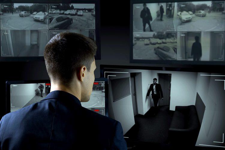 la empresa colombiana Smart Security presta servicios de videovigilancia a sus clientes