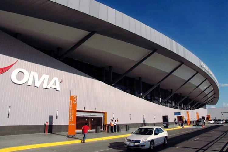 terminal del Aeropuerto Internacional de Monterrey