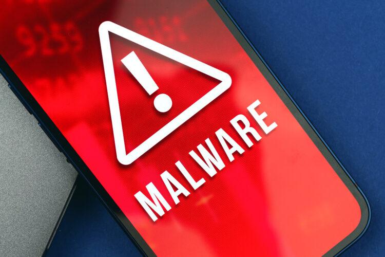 celular hackeado con malware